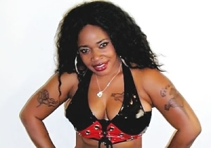 Lolzz!! AfroCandy Came For Yoruba Men On Twitter [See What She Said]